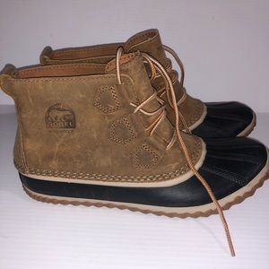 Women's Sorel Out & About brown leather duck boot